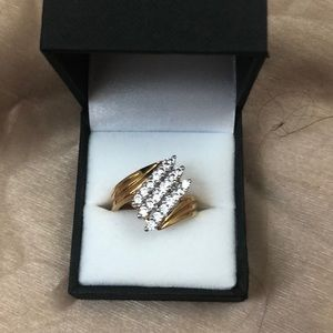 Jewelry - 💍LADIES FAUX DIAMOND RING💍